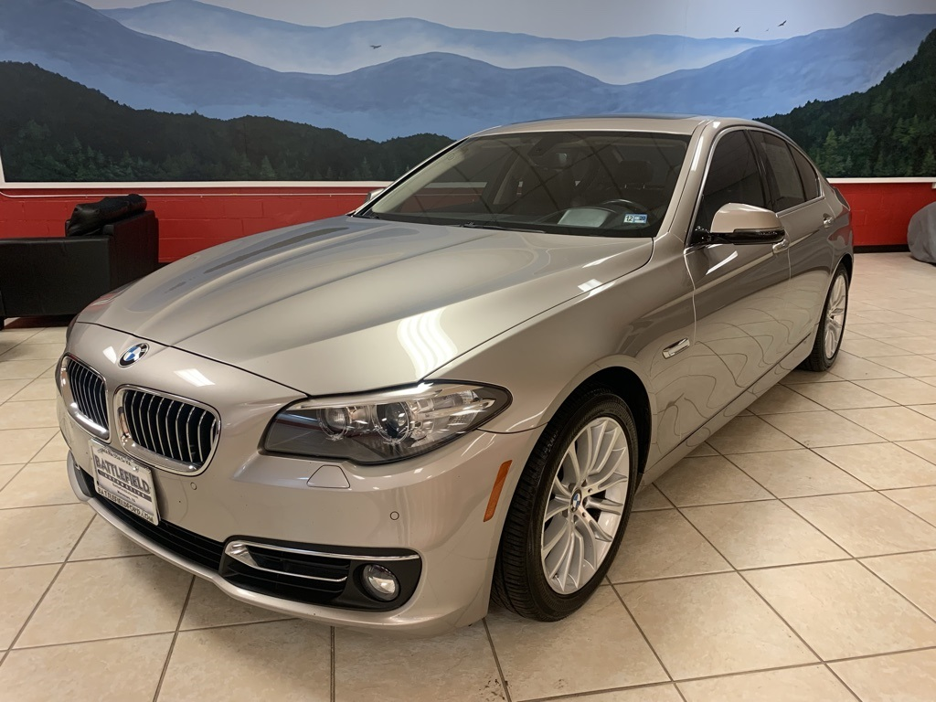 2014 BMW 5 Series 528I 4dr Car Slide 0