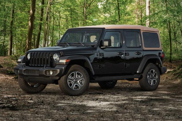 2020 Jeep Wrangler Unlimited WILLYS Convertible Slide 0
