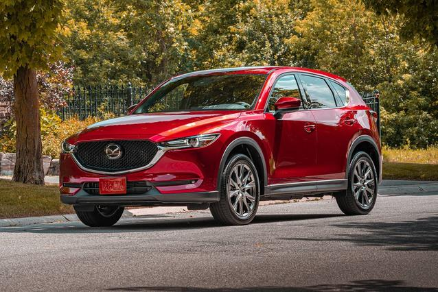 2020 Mazda MAZDA CX-5 TOURING SUV Slide 0