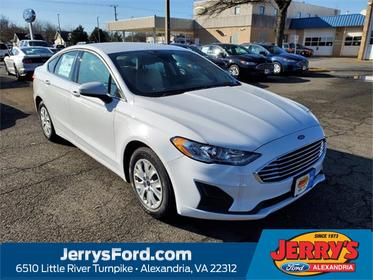 Oxford White 2019 Ford Fusion S 4dr Car  VA