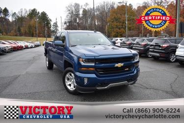 2016 Chevrolet Silverado 1500 LT Z71 (LOW MILEAGE!) Extended Cab Pickup Slide