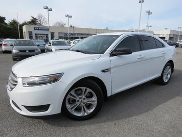2015 Ford Taurus SE Slide