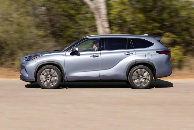2020 Toyota Highlander L North Charleston SC