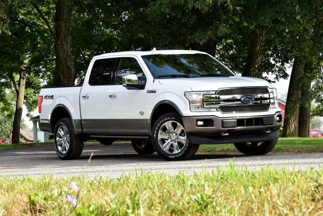 2020 Ford F-150 PLATINUM 4D SuperCrew Slide 0