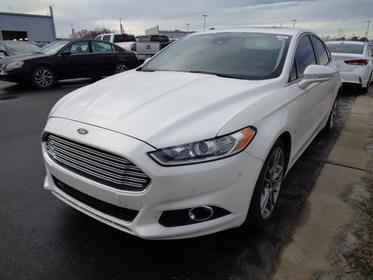 White 2013 Ford Fusion TITANIUM 4dr Car  NC