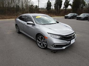 2019 Honda Civic Sedan TOURING Slide