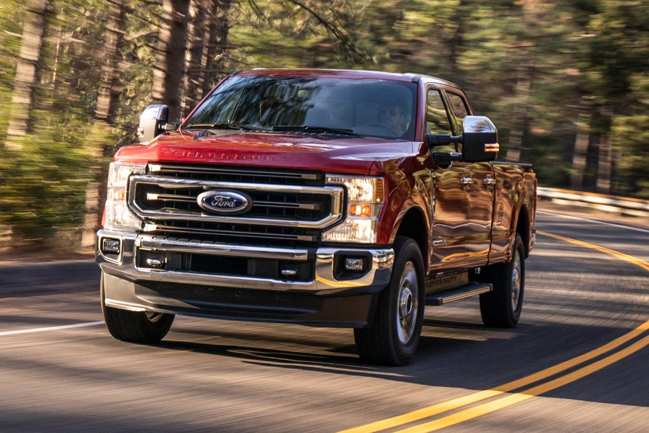 2020 Ford F-250SD LARIAT Crew Cab Pickup Slide 0
