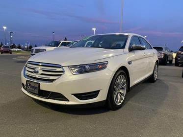 White 2015 Ford Taurus LIMITED 4dr Car Goldsboro NC