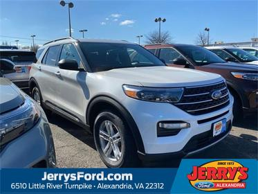 White 2020 Ford Explorer XLT SUV  VA