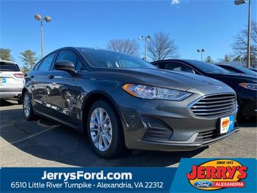 Magnetic 2020 Ford Fusion Hybrid SE 4dr Car  VA