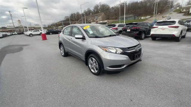 2017 Honda HR-V LX Slide