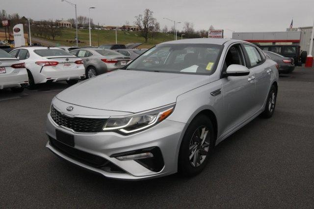 2019 Kia Optima LX Slide 0