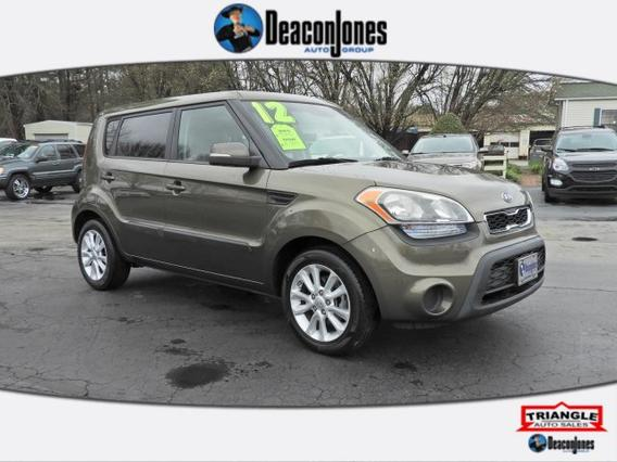2012 Kia Soul + Hatchback Slide 0