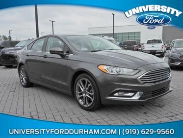 2017 Ford Fusion SE 4dr Car Slide