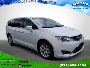 Bright White Clearcoat 2018 Chrysler Pacifica TOURING PLUS Mini-van, Passenger Indian Trail NC