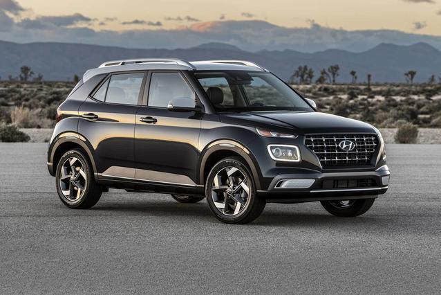 2020 Hyundai Venue SEL SUV Slide 0