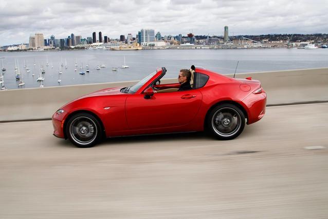 2020 Mazda MAZDA Miata RF GRAND TOURING Convertible Slide 0