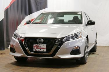 Brilliant Silver Metallic 2020 Nissan Altima 2.5 SR 4dr Car Stanhope NJ