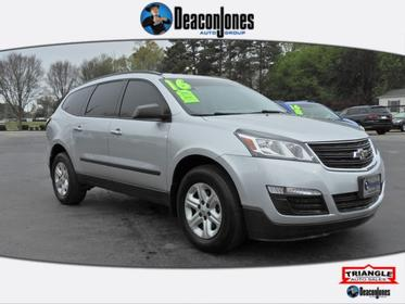 Silver Ice Metallic 2016 Chevrolet Traverse LS Sport Utility
