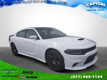 2017 Dodge Charger DAYTONA 340 4dr Car Slide