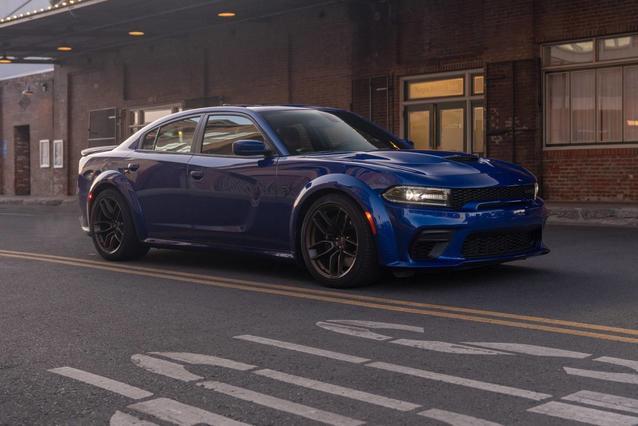 2020 Dodge Charger R/T 4dr Car Slide 0
