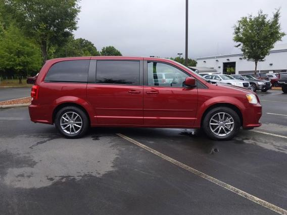 2016 Dodge Grand Caravan SE PLUS Mini-van, Passenger Slide 0