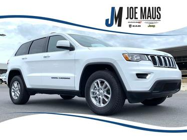2020 Jeep Grand Cherokee  SUV Slide 0