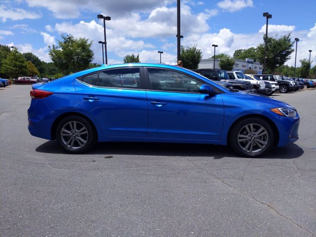 2017 Hyundai Elantra VALUE EDITION 4dr Car Slide