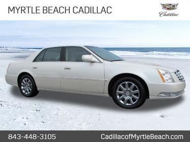 2009 Cadillac DTS LUXURY 5-PASSENGER Luxury 5-Passenger 4dr Sedan Slide