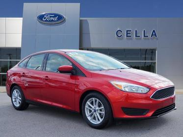 2018 Ford Focus SE SE 4dr Sedan Slide 0