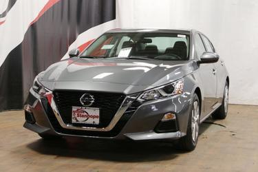 2020 Nissan Altima 2.5 S 4dr Car Slide