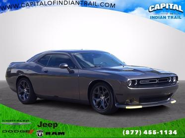 2018 Dodge Challenger SXT 2dr Car Slide