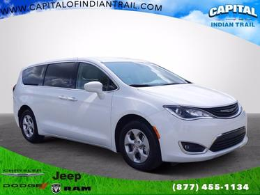 2018 Chrysler Pacifica HYBRID TOURING PLUS Mini-van, Passenger Slide