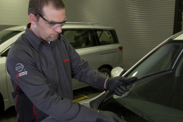 Front Wiper Blade Replacement