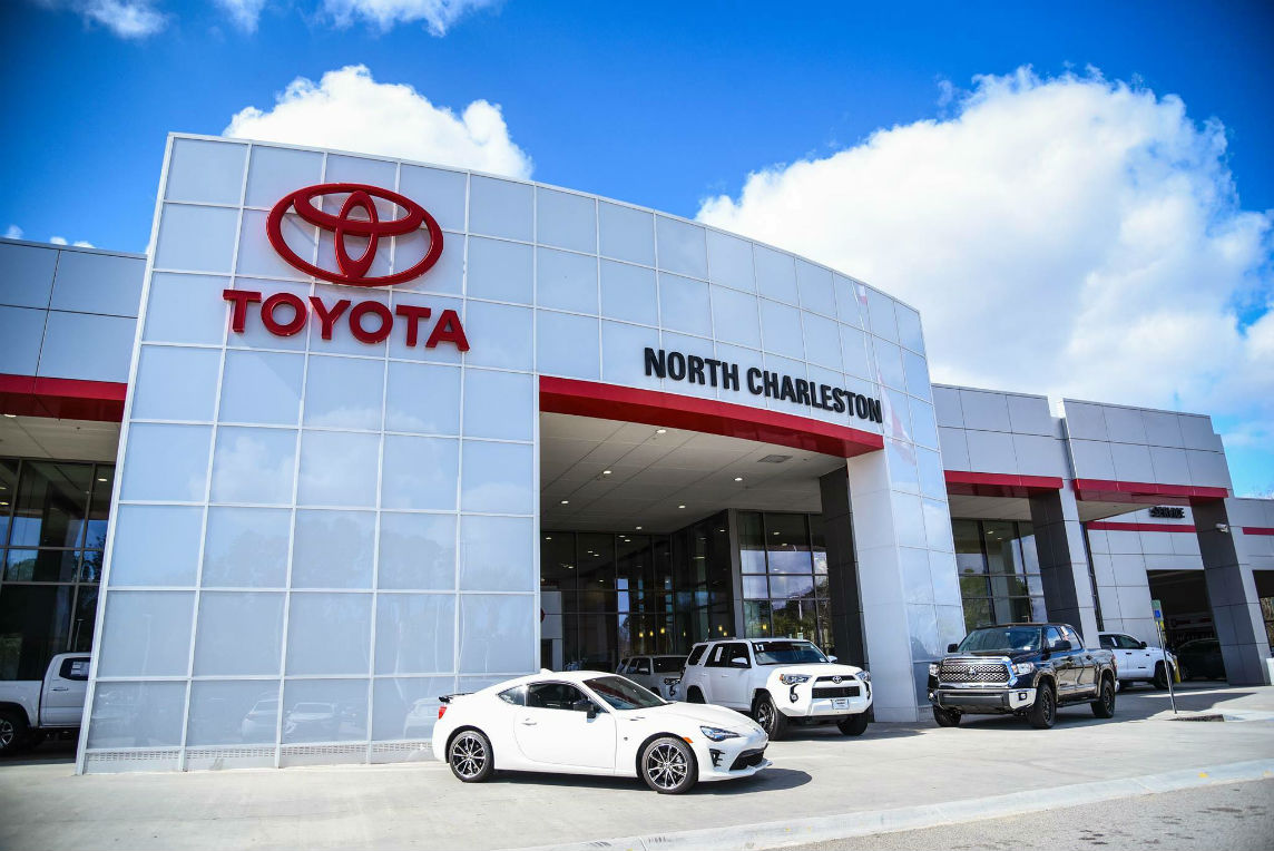 Toyota Vehicle Service | Service Department | Hendrick Toyota North  Charleston