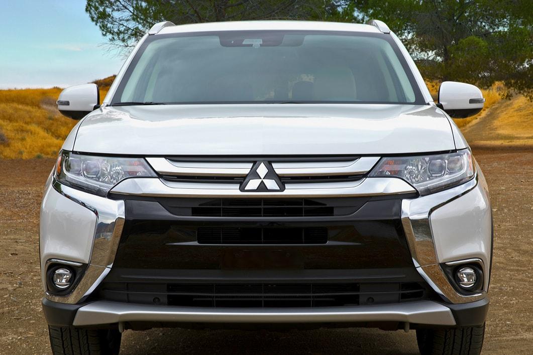 2018 Mitsubishi Outlander Exterior