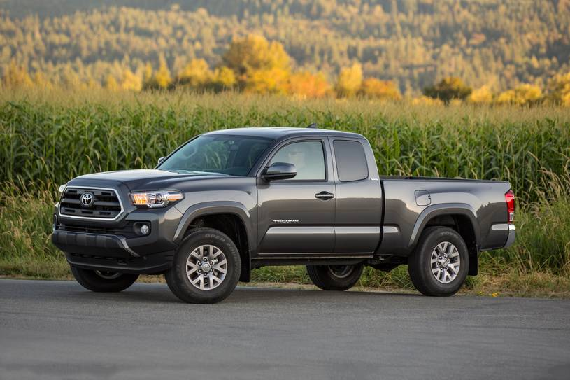 2019 Toyota Tacoma in Clinton