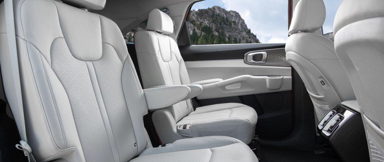 Interior Sorento Hybrid 1