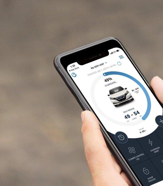 Nissan Altima Customizable Connectivity