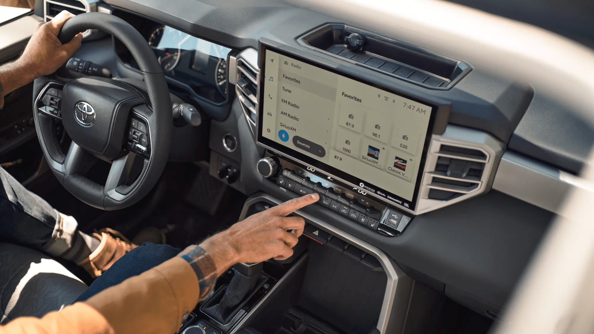 Audio multimedia touchscreen
